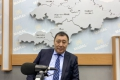 """КР Мамлекеттик кадр кызматынын директору Абдырахман Маматалиев: """"Кыргызстанда кадрлар жетиштүү. Көптөгөн билимдүү, тажрыйбалуу, демилгелүү жаштар бар"""""""